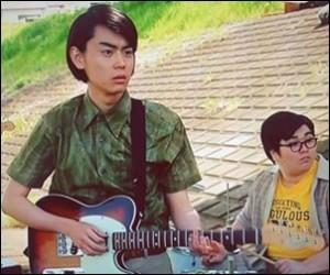 菅田将暉 ギター メーカー